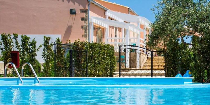 Agriturismo le zagare di vendicari noto siracusa - Agriturismo in sicilia con piscina ...