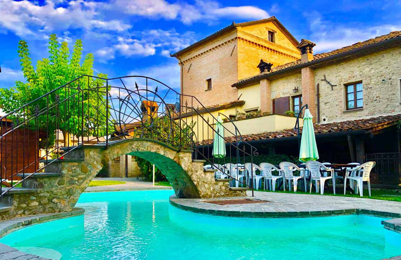 Agriturismo antico convento il biribino citt di castello perugia - Saturnia agriturismo con piscina ...