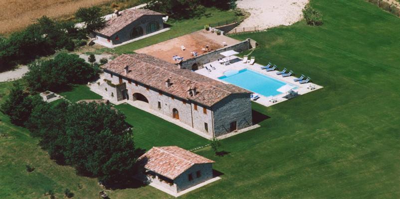 Residenza case corboli todi perugia - Agriturismo con piscina basilicata ...