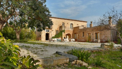 Agriturismo la frescura antica casa padronale siracusa for Grande casa padronale